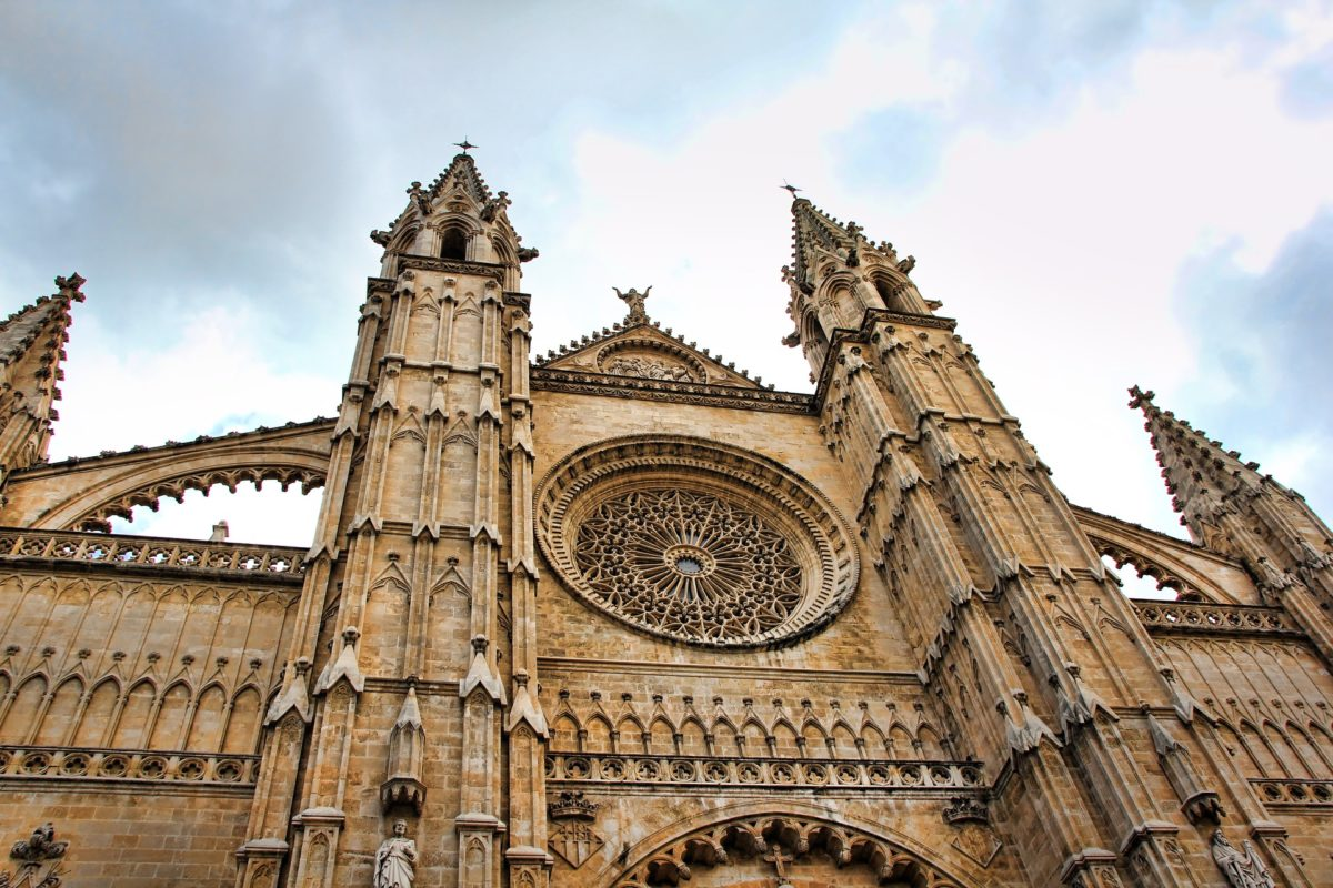 guided tour cathedral mallorca
